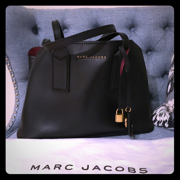 91925cfccff Marc Jacobs The Editor Large Pebbled Leather Tote